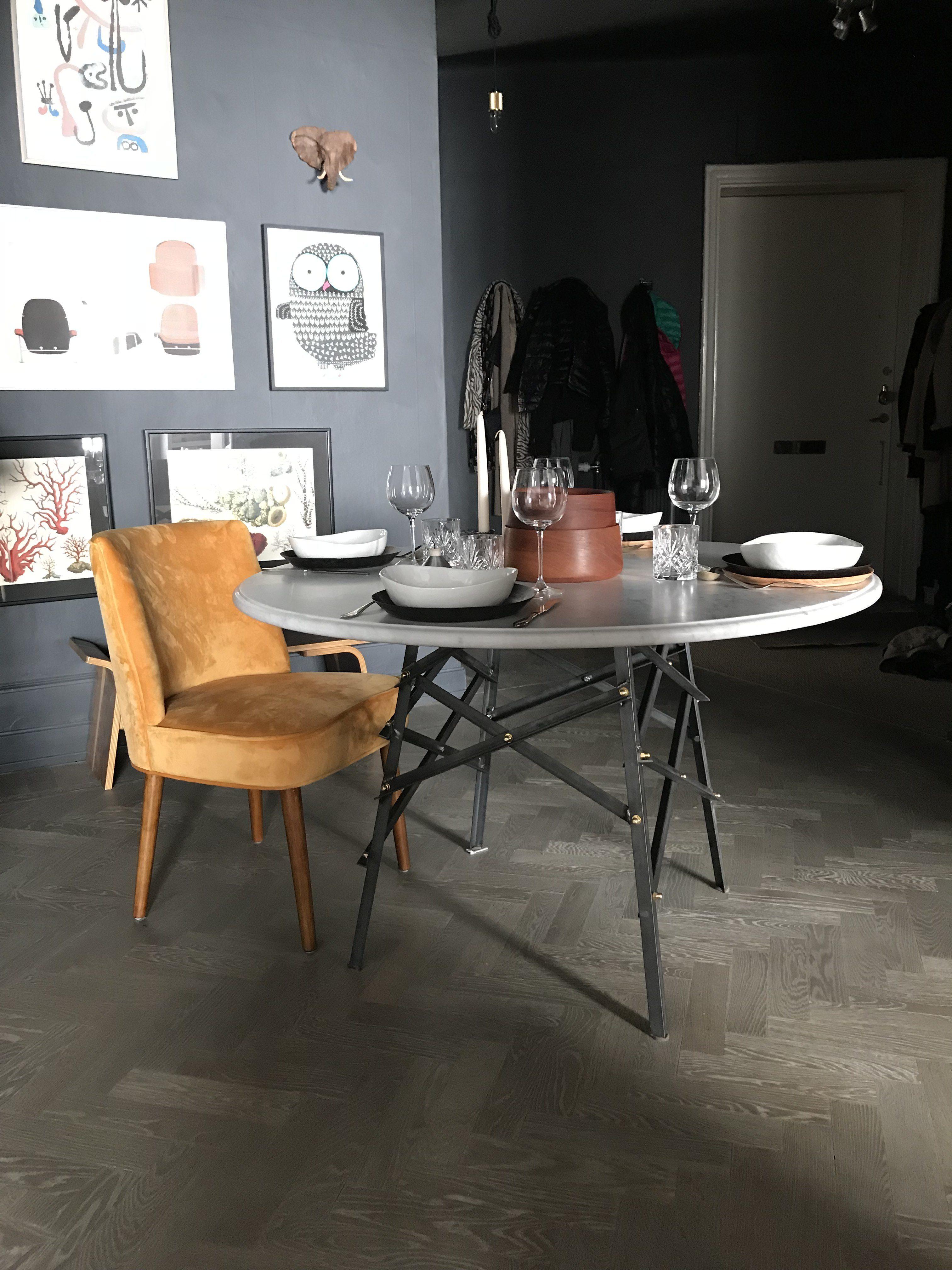 Rund bordsskiva - Carrara marmor
